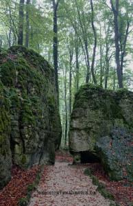 Sanspareil - Weg im Felsengarten