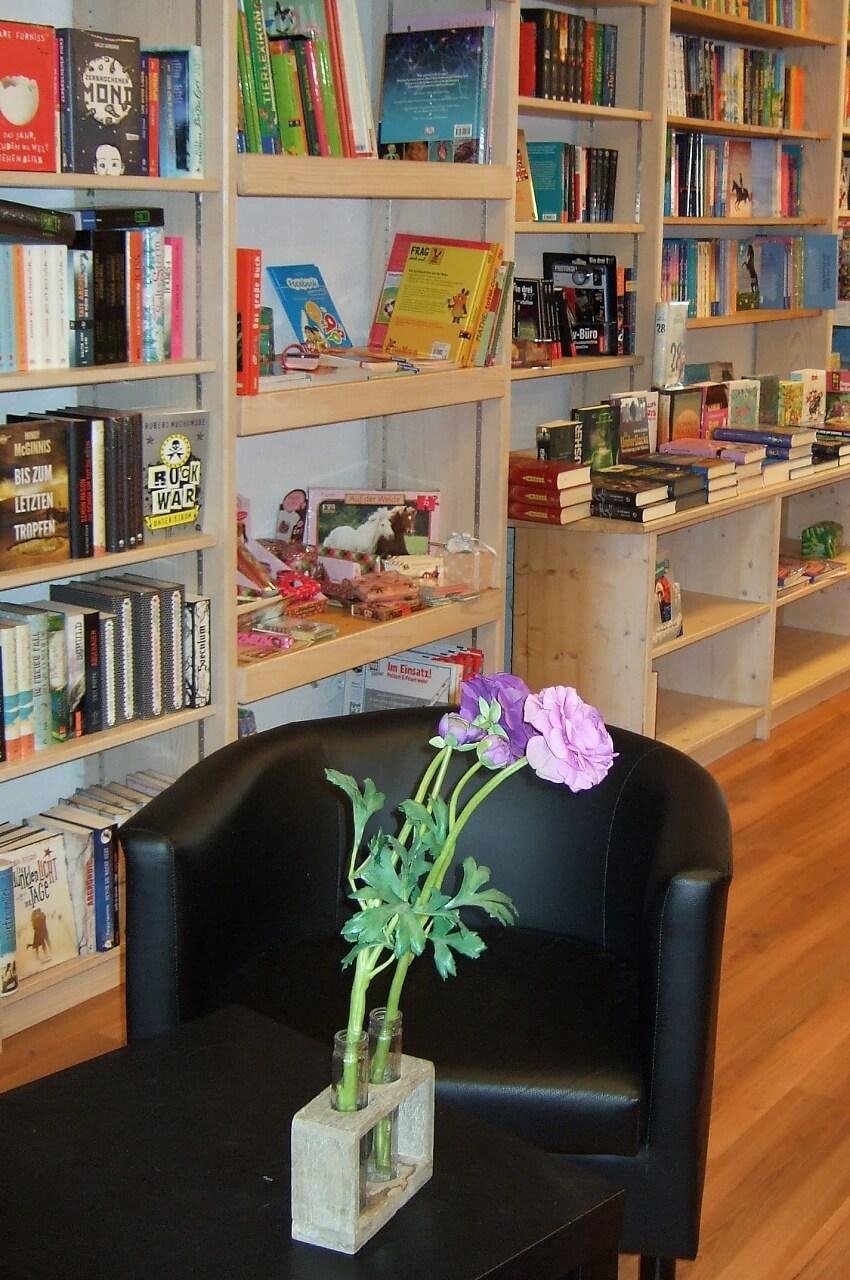 Leseecke Bücherinsel Brühl Schwetzingen