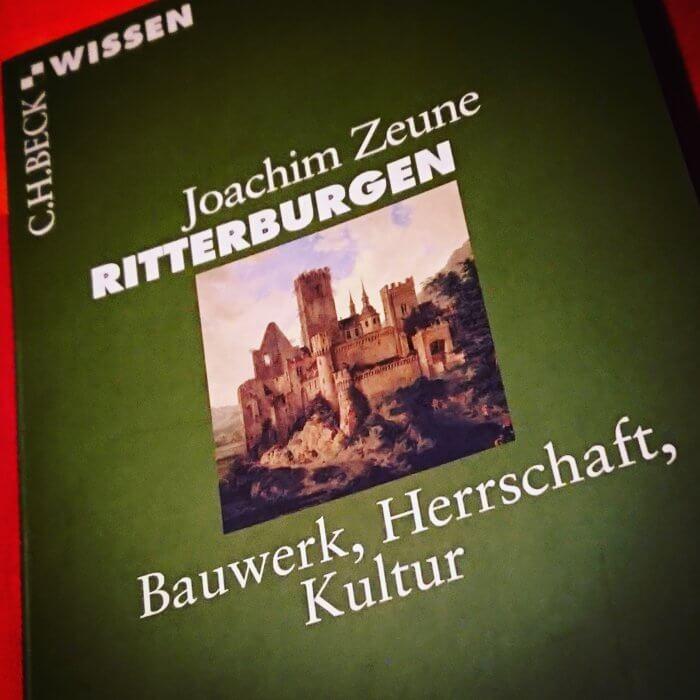 Sachbuch zum Thema Burgen: Ritterburgen aus der Buchreihe Beck Wissen