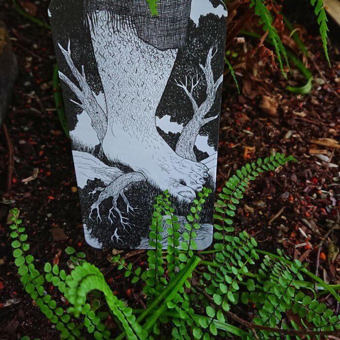 Der magische Wald - Gruselgeschichte. Wohin wird dich deine Geschichte führen? Insgesamt gibt es über 2 Trillionen Möglichkeiten, mit den Bildkarten Geschichten zu erzählen. Wenn alle Teile verwendet werden, wird deine Geschichte 1,70 m lang.