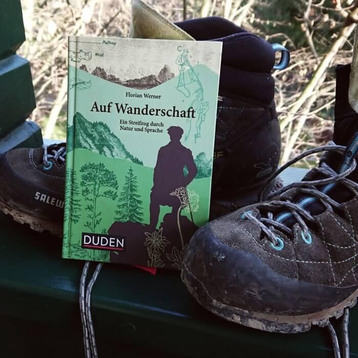30 Wörter, die jedem Wandersmann tief vertraut sind, stellt dieser liebevoll gestaltete Band in den Mittelpunkt. Sachbuch.