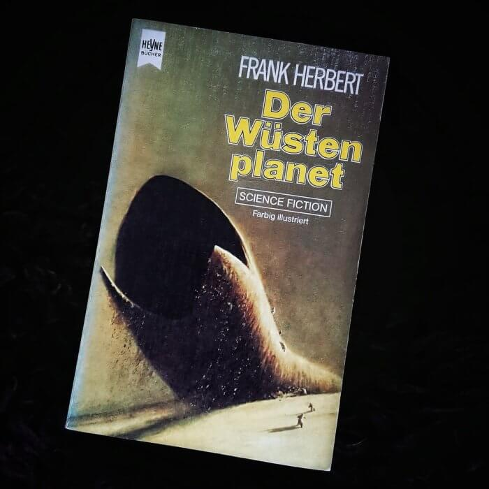 Dune - Der Wüstenplanet von Frank Herbert. Bild der Taschenbuchausgabe aus den 80er Jahren.